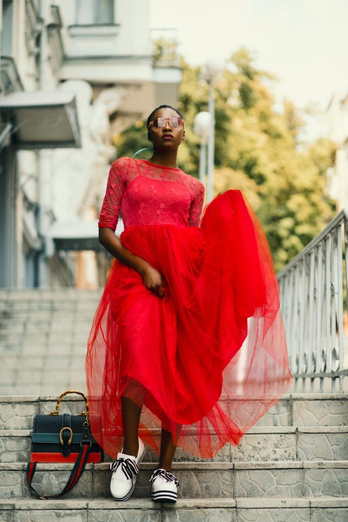Look mode, robe rouge